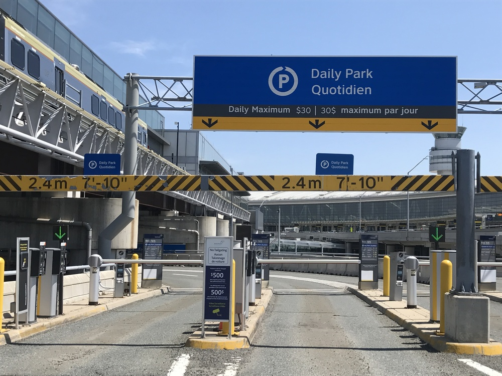 Terminal 1 Daily Park Garage Toronto Pearson Mississauga On Buy Parking Honk